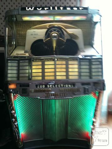 jukebox wurlitzer de 1956 mod le 2000 basse normandie. Black Bedroom Furniture Sets. Home Design Ideas
