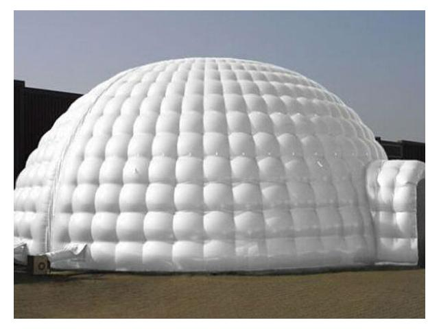 location de chapiteau igloo gonflable et maison du pere noel mons 7000. Black Bedroom Furniture Sets. Home Design Ideas