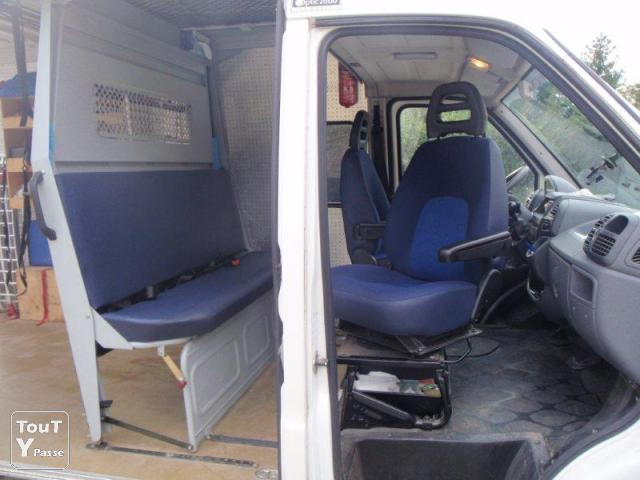 rare peugeot boxer 2 2 hdi 7 places km rh ne. Black Bedroom Furniture Sets. Home Design Ideas
