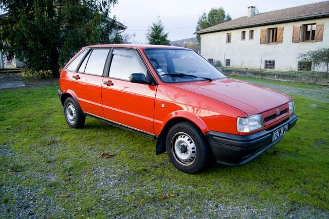 seat ibiza rouge ann e 1992 faible km prix n gociable haute garonne. Black Bedroom Furniture Sets. Home Design Ideas