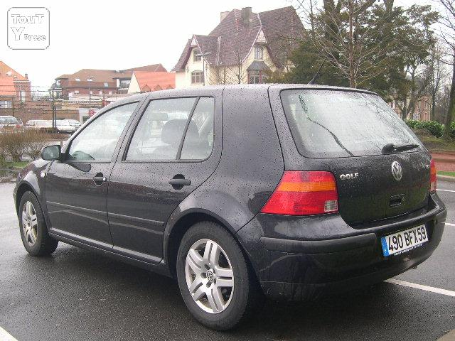 vends golf iv match 2003 tdi 130 noire 5 portes roncq 59223. Black Bedroom Furniture Sets. Home Design Ideas