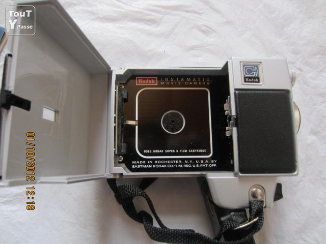 Photo Kodak Instamatic M26 movie camera made in U.S.A. image 5/6
