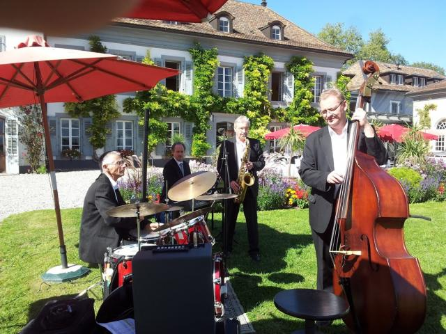 Photo Jazz Band Chateau Chillon Lake Geneva Wedding band Montreux Switzerland image 6/6