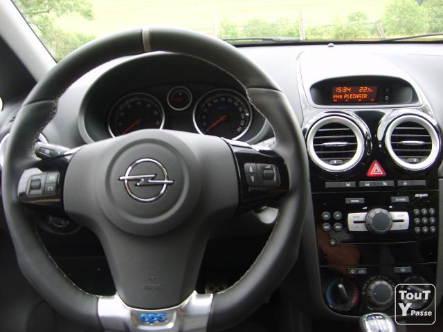opel corsa opc de 2010 avec 5000 km doubs. Black Bedroom Furniture Sets. Home Design Ideas
